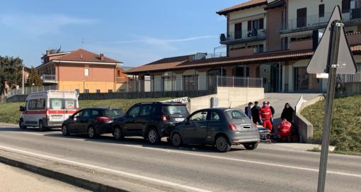 Vezza d'Alba, tamponamento sulla Strada Regionale 29: un ferito lieve