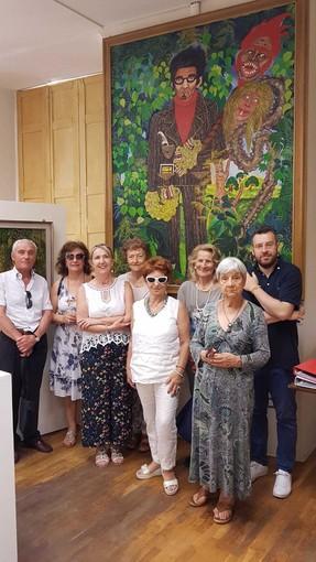 """Gli """"Amici di Cesare Pavese"""" festeggiano il primo compleanno: il gruppo volontari accoglie i visitatori a Santo Stefano Belbo"""