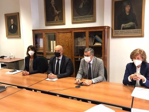 Da sinistra, il direttore sanitario Monica Rebora, il direttore amministrativo Gianfranco Cassis, l'assessore regionale Luigi Icardi e il direttore sanitario Elide Azzan