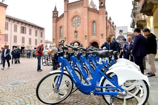 Troppi i danneggiamenti e gli episodi di vandalismo: Alba dirà addio al suo bike sharing