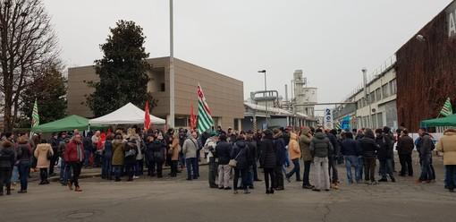 """112 licenziamenti all'Abet, nuovo sciopero a 'singhiozzo': """"Novità importanti nella trattativa, ma non sono sufficienti"""""""
