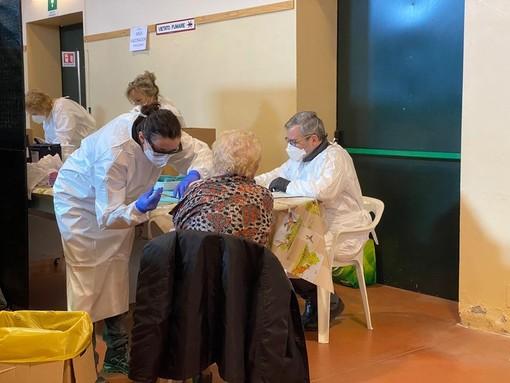 Altri 25.342 vaccinati in Piemonte oggi: a 10.716 è stata somministrata la seconda dose