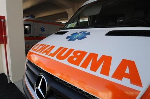 Vezza d'Alba, scontro tra auto e bicicletta: 43enne ha riportato politrauma