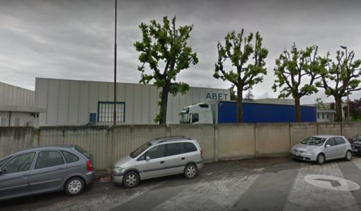 """112 esuberi annunciati alla Abet di Bra per """"necessaria riorganizzazione"""""""