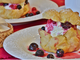 Mercoledì Veg: bignè magnum con crema chantilly veg alla vaniglia e ciliegie cotte e fresche