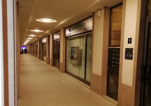 """Banca di Cherasco spegne le insegne per """"M'illumino di meno"""""""