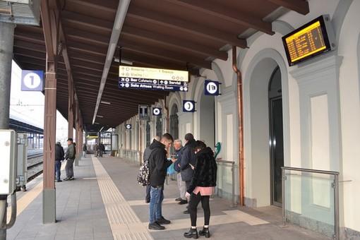 Bra, la Regione rimette sui binari il treno degli studenti per Alba. Modifiche dal prossimo anno
