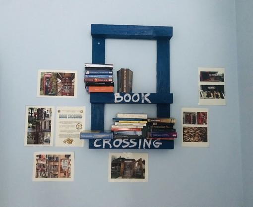 Book crossing al liceo di Bra: libri in circolo, lasciando una dedica o un messaggio