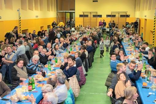 Bra, successo per la cena benefica organizzata dal comitato di Quartiere Oltreferrovia