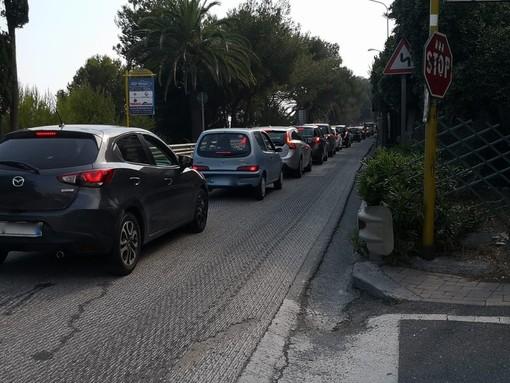 """Tornano le lunghe code sull'Aurelia per i turisti cuneesi: """"Due ore per andare da Varazze a Savona"""""""