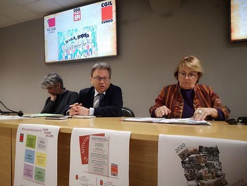 """La Cgil di Cuneo presenta le iniziative della Scuola del Popolo: """"Affrontiamo la solitudine con la cultura"""""""