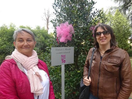 """""""La prima arma contro il tumore al seno è la prevenzione"""": il Caffè Letterario di Bra ha accolto l'appello di Norma Costantino"""