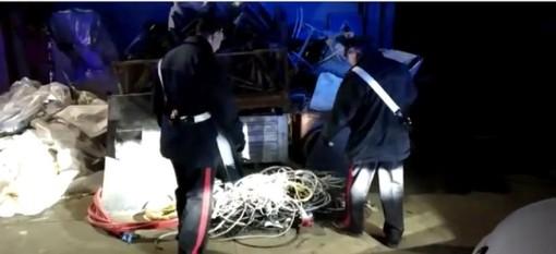 Furti di rame in impianti fotovoltaici di Savigliano e Cherasco: carabinieri di Torino arrestano dieci persone