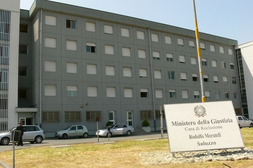Tamponi ai detenuti e ai poliziotti penitenziari del Piemonte: la Regione dà il via libera
