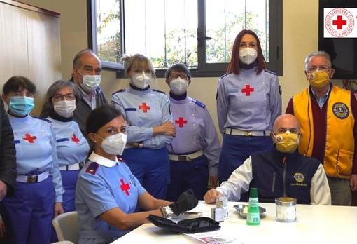 Bra, in dono alla Croce Rossa un'apparecchiatura per misurare i parametri del sangue