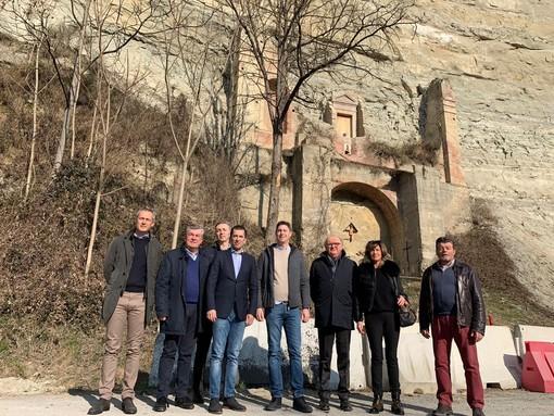 L'assessore regionale ai Trasporti in visita a Dogliani