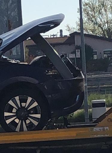 Sulla A6 capriolo attraversa la carreggiata e manda fuori strada una vettura