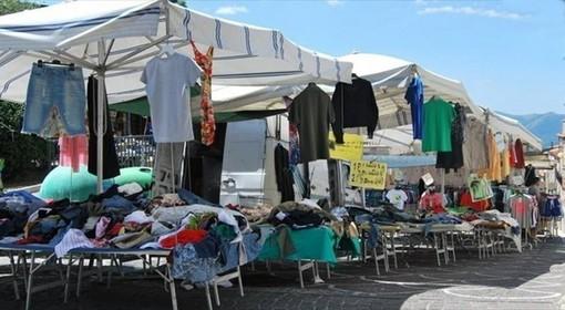 Ad Alba il mercato tradizionale del sabato saluta piazza Sarti e ritorna nel centro storico