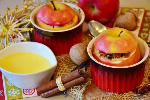 Mercoledì Veg: oggi prepariamo le dolci e sane mele al forno