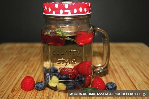 MercoledìVeg di Ortofruit: oggi prepariamo acqua aromatizzata ai piccoli frutti