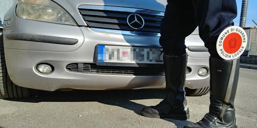 Controlli su targhe straniere a Guarene: da inizio 2019 la Polizia Locale ha pizzicato 15 veicoli non a norma