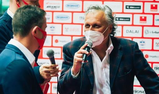 Il direttore sportivo Gino Primasso intervista coach Pistola in uno degli appuntamenti del format pre partita Quelli che aspettano... (credit Creattiva Agency)