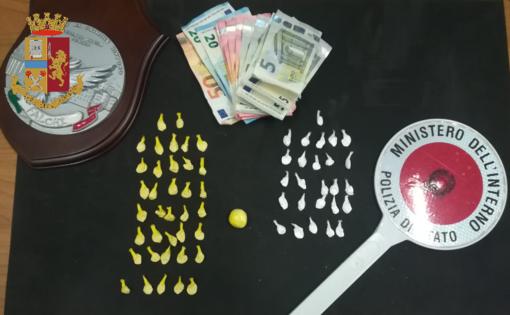 Arrestato il pendolare dello spaccio: ogni mattina prendeva il treno dal Cuneese per vendere droga a Torino Stura