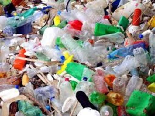 """C'è ancora tempo per aderire alla campagna """"Zero Plastica a Bra - Bevi comodo e spendi meno"""""""