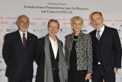 Donate al premio Oscar Roberto Benigni 100 bottiglie di vino piemontese