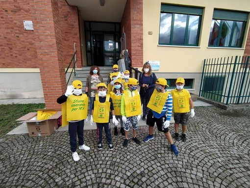 """""""Puliamo il Mondo"""": eco-pulizia a Pollenzo con gli allievi della Primaria"""