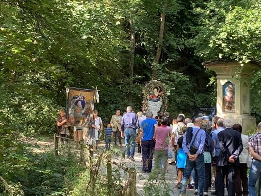 La Processione a Ruata Prato di Dronero per l'Assunta del 15 agosto