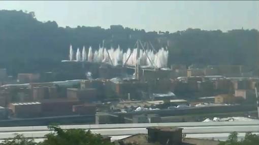 """Varato l'impalcato del cantiere sul Polcevera, Assotrasporti: """"Esempio di efficienza per tutto il paese"""""""
