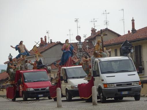 Bra, saltano le tradizionali processioni di Pasqua e dell'Addolorata