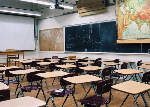 Pd diviso sulla riapertura delle scuole medie in Piemonte