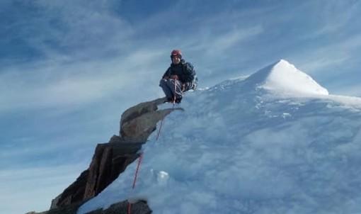 Alpinismo: l'imperiese \ crissolese Stefano Sciandra scala la Nordend, dedica speciale per il 46° 4000 in carriera