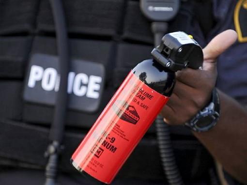 Cuneo, a processo per aver usato uno spray urticante durante un diverbio