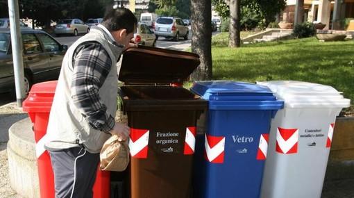 Dalla Regione altri 3 milioni di euro ai Consorzi per la gestione dei rifiuti urbani