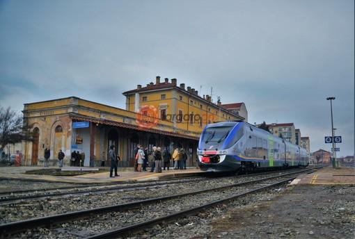 """""""Ottimo il servizio ferroviario in provincia di Cuneo fino al 2005: poi cosa è successo?"""""""