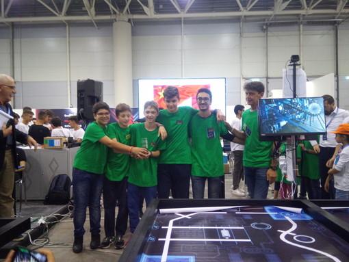 Studenti di Carrù secondi al MakeX Robotics Competition di Roma