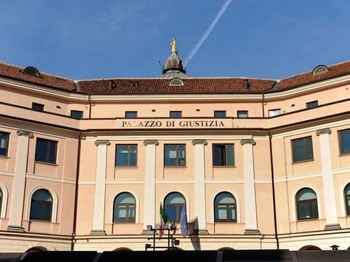 Il palazzo di giustizia di Asti, dove è in corso il procedimento a carico del medico albese