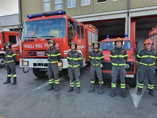 Stamattina alle 11 il funerale dei tre vigili del fuoco morti a Quargnento: i colleghi di Cuneo osservano un minuto di silenzio